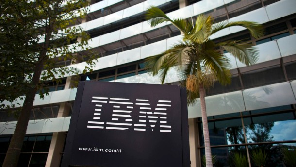 IBM fängt Hardware-Schwund mit Einsparungen auf