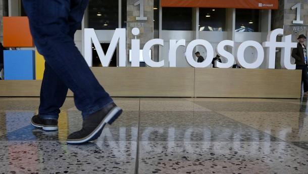 Schwacher PC-Markt schlägt auf Microsoft-Geschäft durch