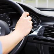 Telematik im Auftrag der Versicherungsgesellschaft: Eine App kontrolliert den Fahrstil.