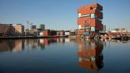 Stützbalken der Entwicklung: Seit das Museum aan de Stroom vor fünf Jahren eröffnet wurde, will jeder aufs Eilandje.