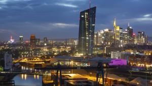 EZB warnt vor Risiken durch neue Staatsschulden