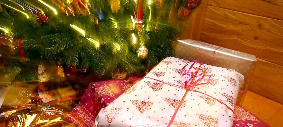 Artikel Weihnachten.Warum Die Bundesbürger Knausrige Schenker Sind
