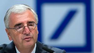 Vergütung der Dax-Aufsichtsratschefs um 2,1 Prozent gestiegen