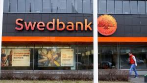 Swedbank entlässt Vorstandschefin
