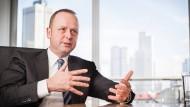 Henning Gebhardt leitet das Aktienteam der größten deutschen Fondsgesellschaft DWS.