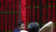 Chinas Kurse stürzen tief