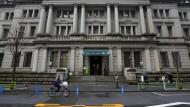Die Zentrale der japanischen Notenbank steht in Tokio.