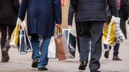 Millionen Deutsche riskieren wegen Geschenken Dauerverschuldung