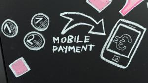 Angst vor Datenklau hält viele Deutsche von mobilem Bezahlen ab