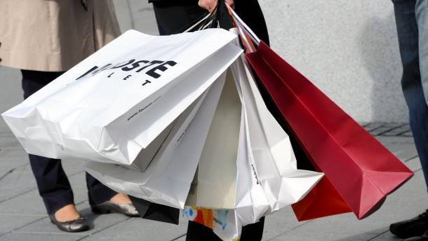Schuldner klagen über hohe Inkasso-Gebühren