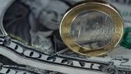 Der Euro wertet nach dem Zinsentscheid der Federal Reserve ab.