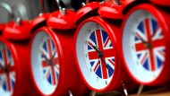 Anleger zwischen Brexit-Spekulationen und Hexensabbat