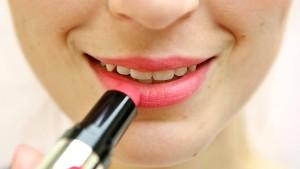 Ausstellung zum 130. Jubiläum des Lippenstifts