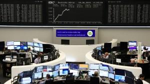 Hexensabbat und Kriegsgefahr halten die Börsen in Bann