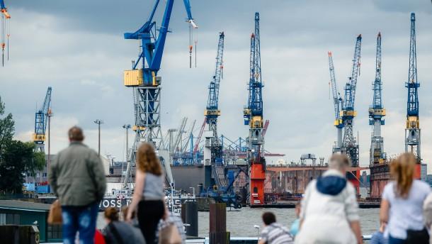 Hamburger Hafenwirtschaft legt Zahlen vor