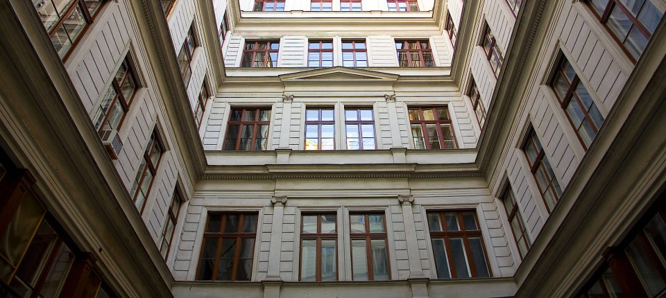 Gemeinnütziger Wohnungsbau In österreich Die Schattenseiten Des