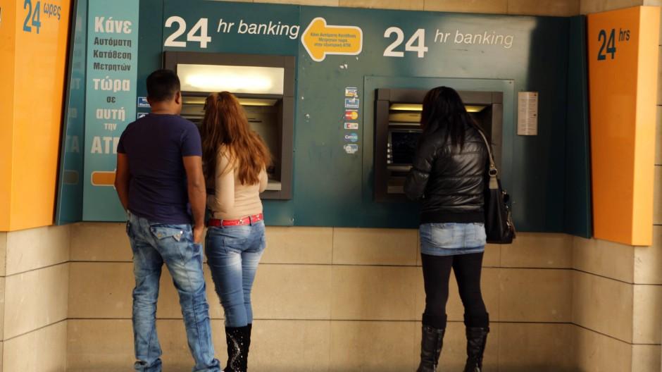 Zyperns Banken waschen weiter