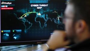 Hackerangriffe treiben Kurse von IT-Anbietern