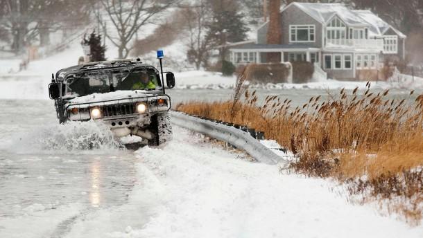 Schneestürme bremsen amerikanisches Wirtschaftswachstum
