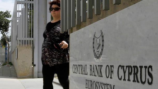 Moody's stuft Zypern auf Ramsch-Niveau