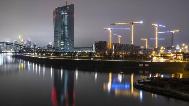 EZB mahnt Banken zu Vorsicht