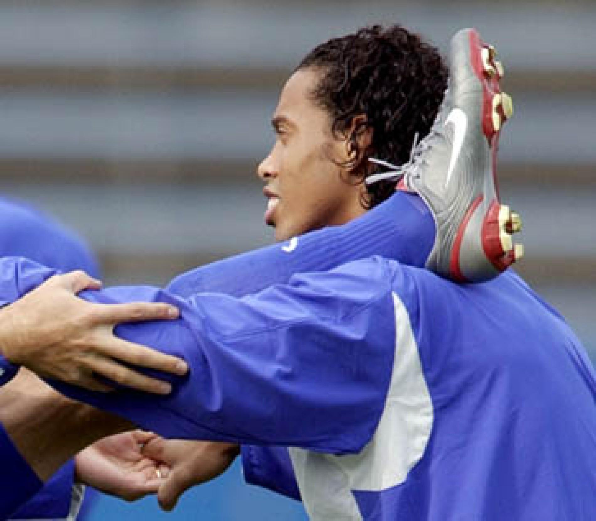 Archiv: Beim Duell Adidas gegen Nike liegt Puma vorne