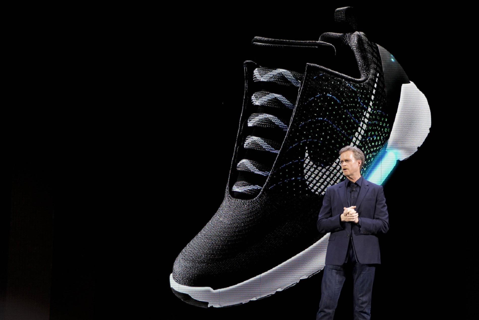 den bringt auf Nike Schuh Markt selbstschnürenden AjqR5L34
