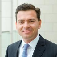 Christian Staub, 45, leitet das Deutschland-Geschäft von Blackrock. Die größte Fondsgesellschaft der Welt legt sagenhafte 4700 Milliarden Dollar an.