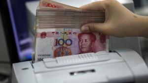 China verschärft wohl Kapitalkontrollen