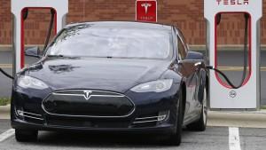 Tesla kommt an der Börse unter die Räder