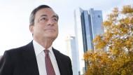 Draghi macht Tür zu Staatsanleihe-Käufen weit auf