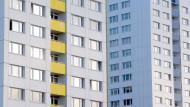 Wenn die Wohnung einen neuen Eigentümer bekommt, müssen Mieter auf vieles achten.