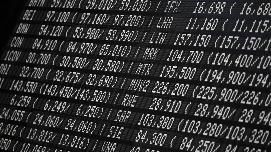 Aktienkurse im Blick: Anzeigetafel an der Frankfurter Börse