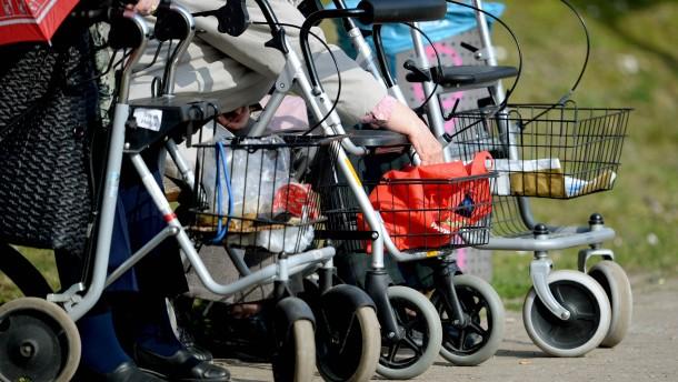 Wirtschaft fühlt sich von Plänen zu Rente 63 überrumpelt