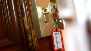 Wer Mietwohnungen gewerblich nutzt, muss mit einer Geldstrafe rechnen.