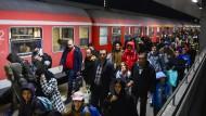 Behörden rechnen 2015 mit bis zu 1,5 Millionen Asylbewerbern