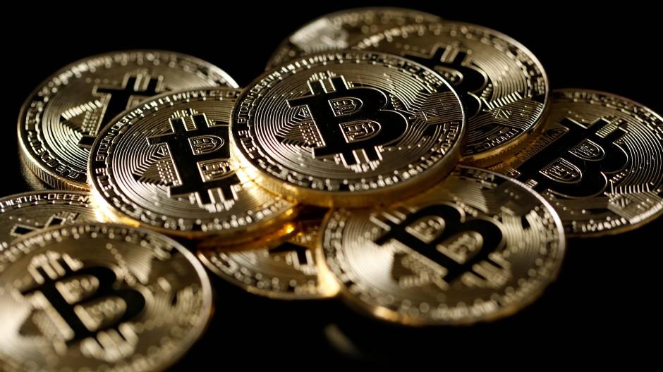 Es ist nicht alles Gold was glänzt: Bitcoin als Münzen.