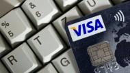EU deckelt Gebühren beim Kreditkarten-Einkauf