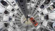 VW erwägt milliardenschweren Bau einer eigenen Batteriefabrik