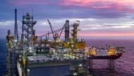 Auch in der Nordsee wird Öl gefördert.