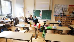 15.000 Lehrer gesucht