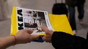 """Ikea ruft weißen Ausziehtisch """"Glivarp"""" zurück"""