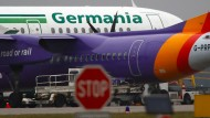 Anfang Februar hatte die Berliner Fluggesellschaft mit fast 1700 Mitarbeitern Insolvenz angemeldet.