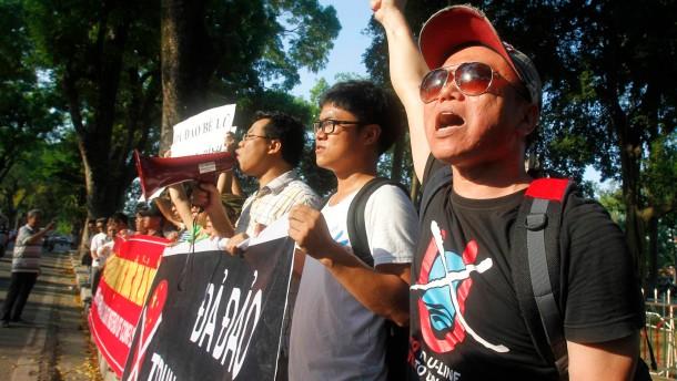 Arbeiter zünden chinesische Fabriken in Vietnam an