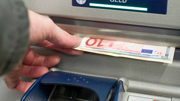 Kein Schadenersatz für Biss eines Geldautomaten