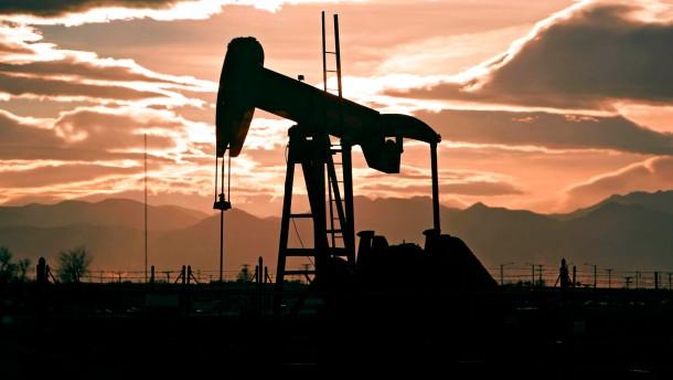 Rohstoffe haben sich Aktien angenähert