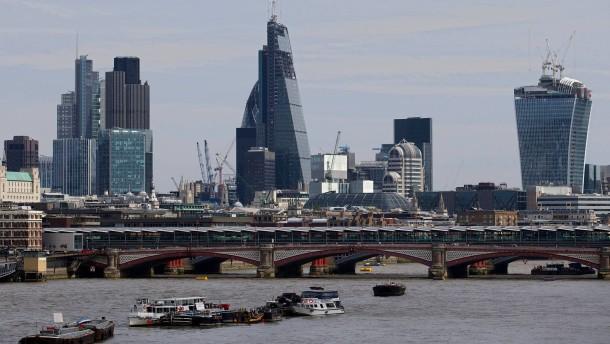 Britischer Banker bekennt sich im Libor-Skandal schuldig