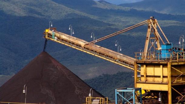 Minenkonzernen droht Milliardenstrafe in Brasilien