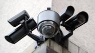 Ist es rechtens das eigene Haus mit Kameras zu versehen? Und wie sieht es bei Mietwohnungen aus?