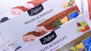 Schmankerl wie Wildlachsfilet gibt es auch beim Discounter aus der Kühltruhe.